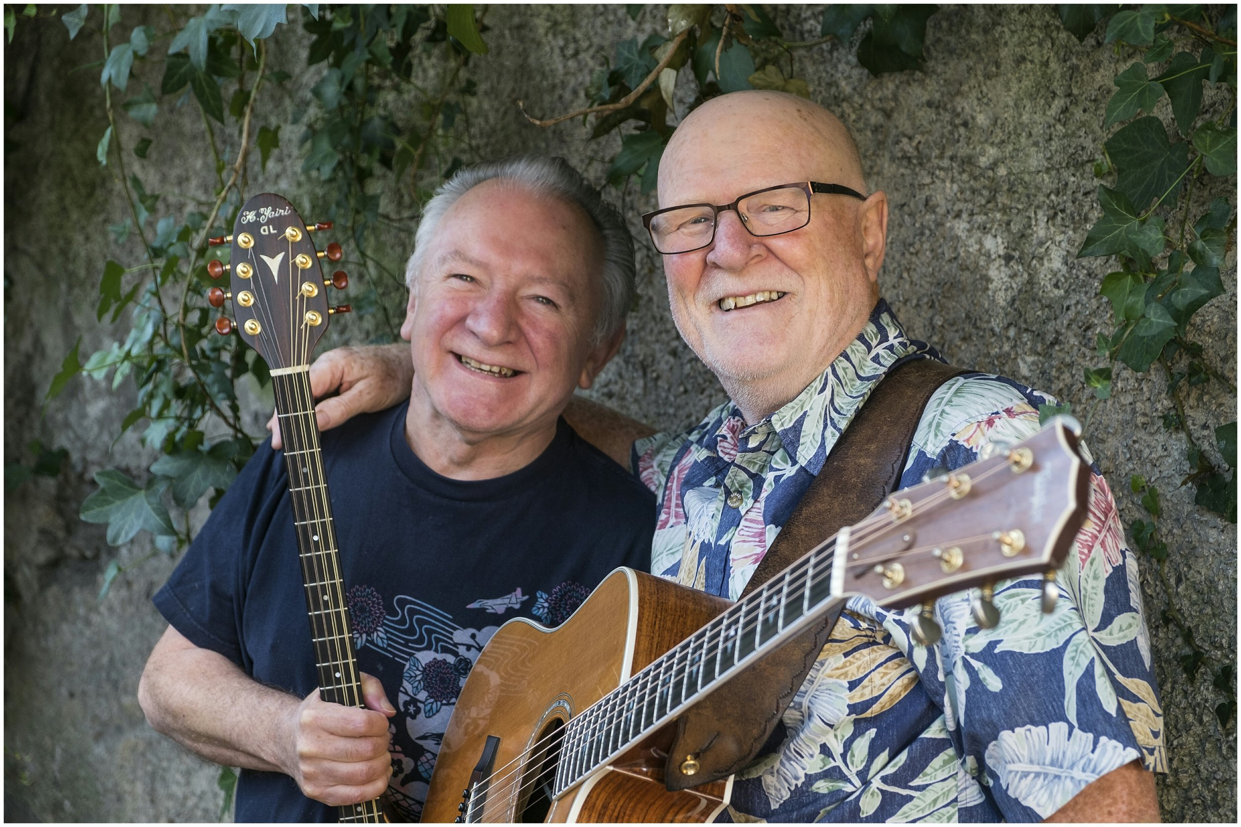 Mick Hanly & Donal Lunny.jpg
