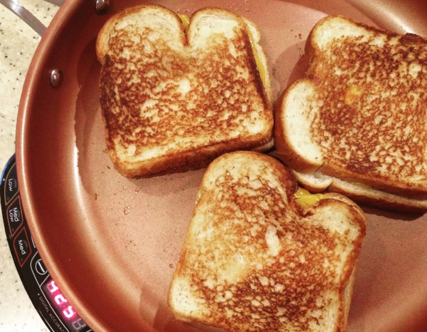 nuwave-precision-induction-cooktop-grilled-cheese.JPG