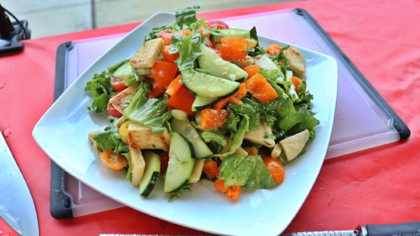 fattoush salad-min.png