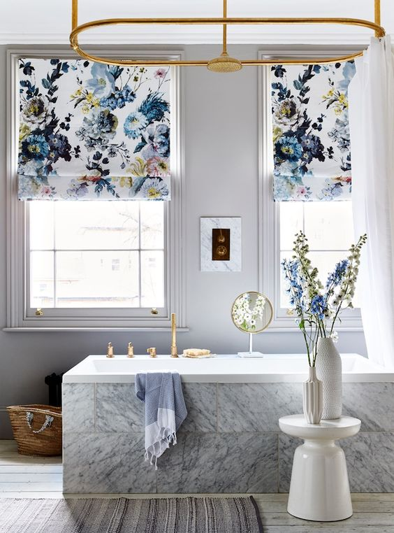 Image by House Beautiful featuring floral blinds in modern bathroom scheme.