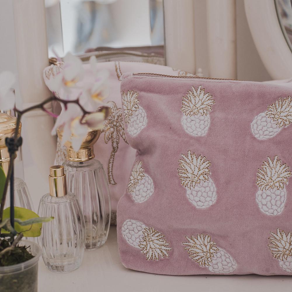 Amara toiletry bag - spring/summer 2017