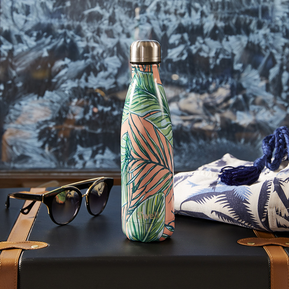 Amara S'well insulated bottle - great gifts and holiday season essentials 2017.