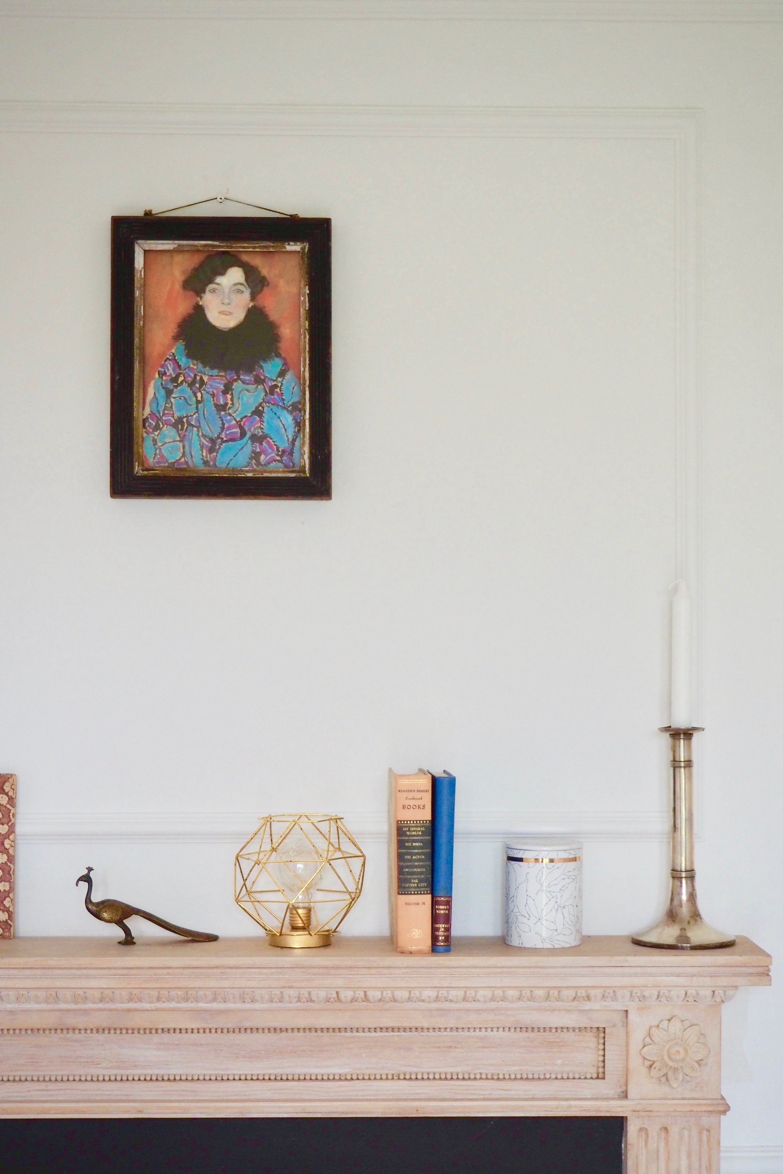 Different ways to style your mantelpiece by Camilla Pearl. Try using eclectic art and accessories to style and dress your mantelpiece.