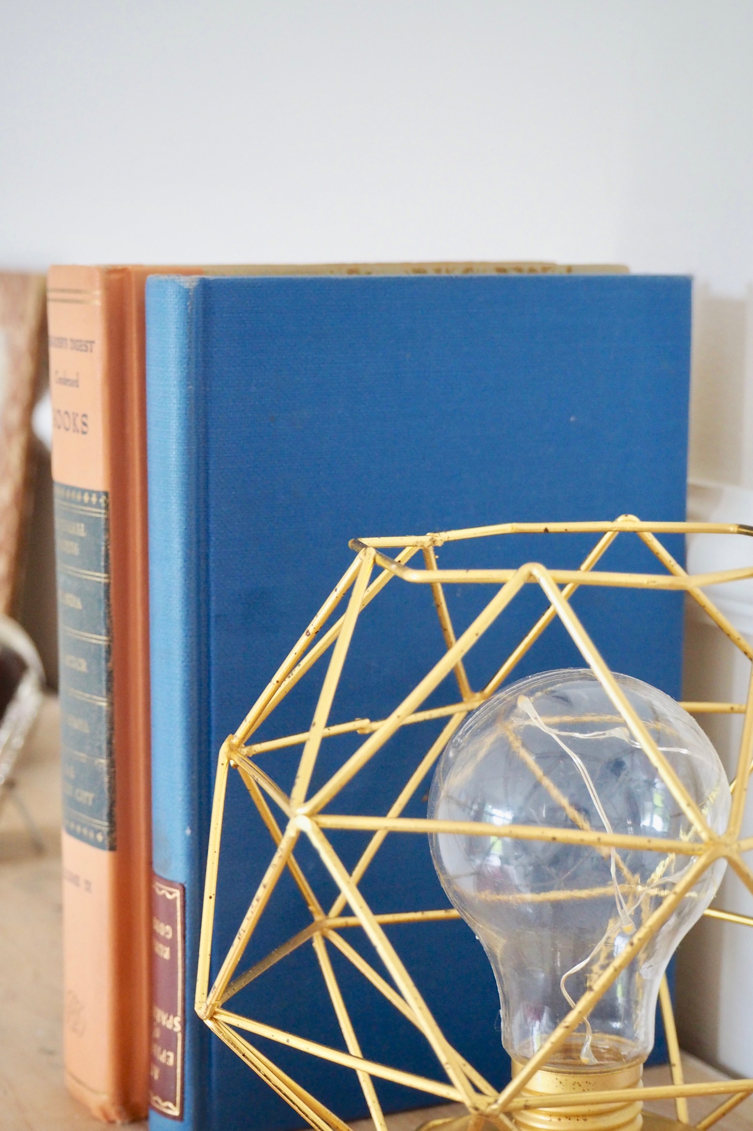 Eclectic objects for styling your mantelpiece by Camilla Pearl Blog.