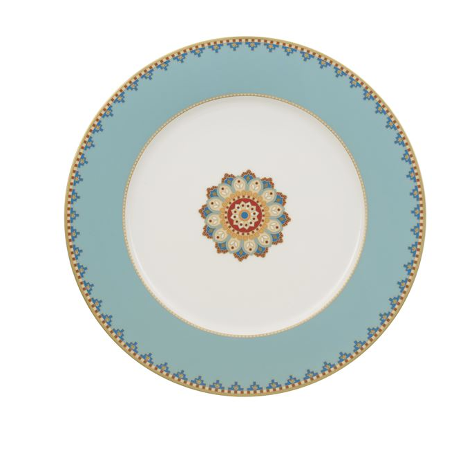 Villeroy & Boch's Samarkand collection, this buffet plate is inspired by the precious silks and elegant ornaments that were traded along the Silk Road in ancient times.