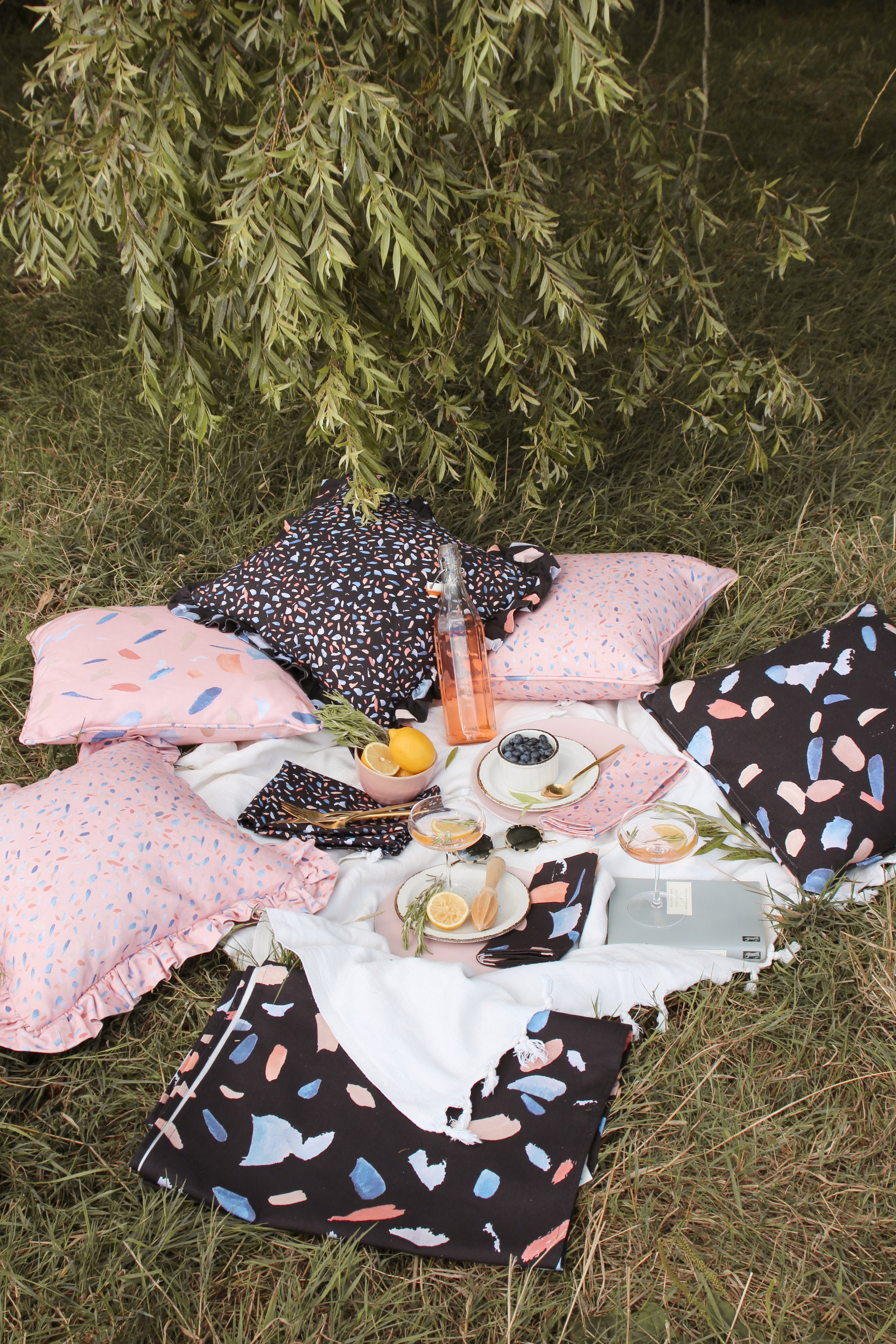 The perfect summer picnic style inspiration with House Anna cushions and table linens