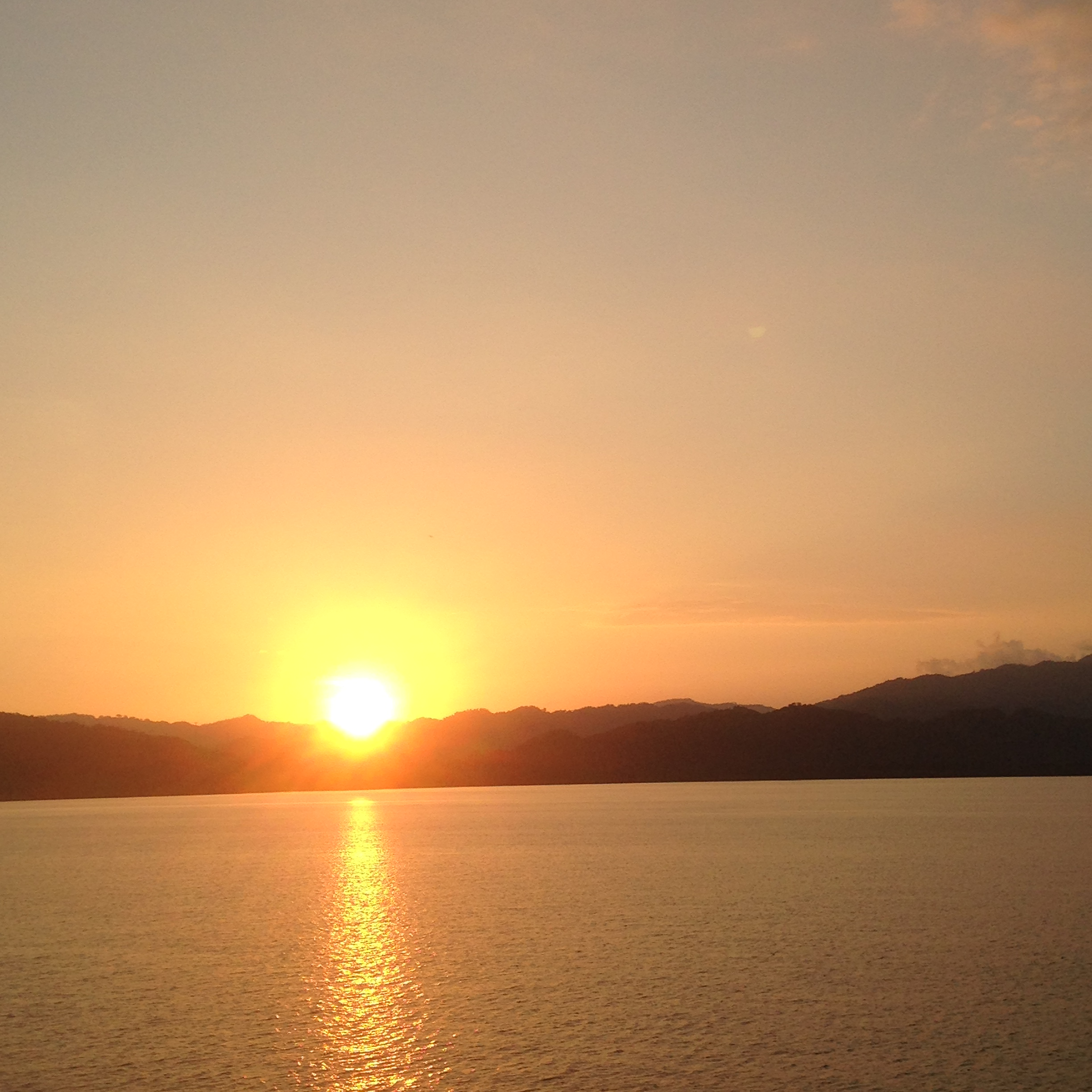 Travel: Yoga & Sunsets in Costa RIca
