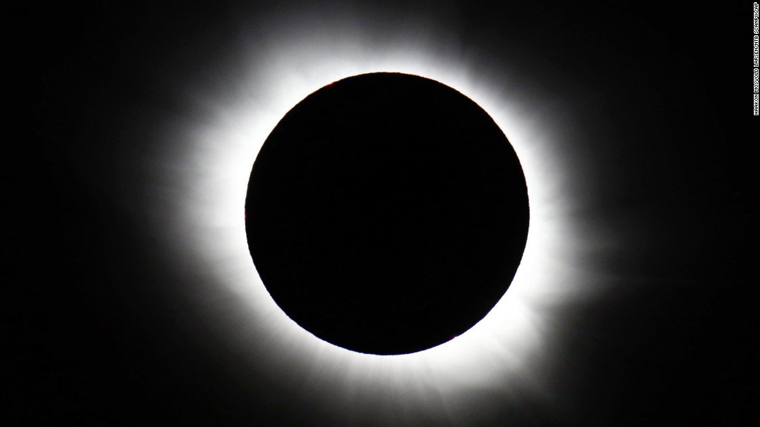 eclipse-0320-super-169.jpg