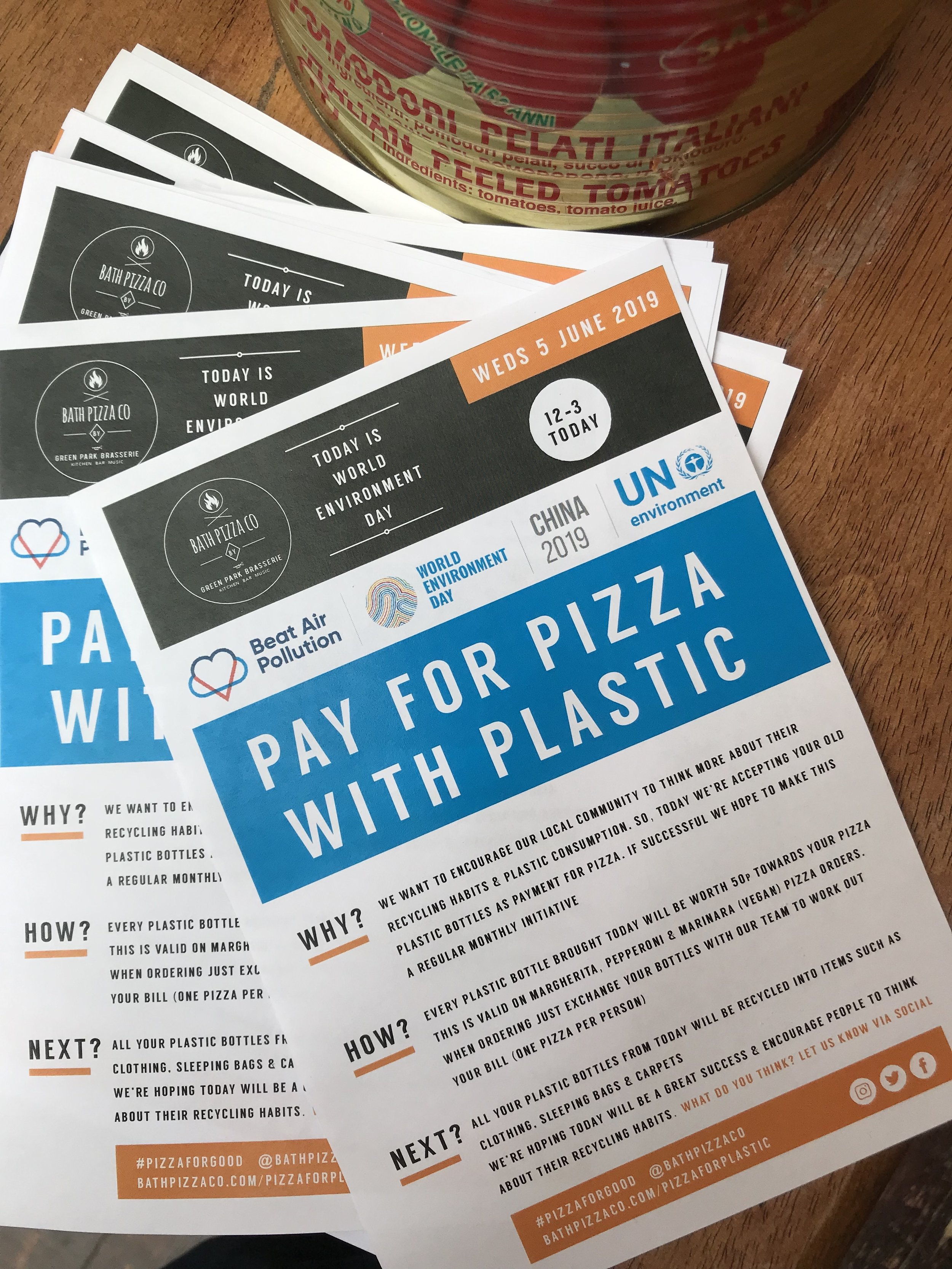 pay-for-pizza-with-plastic.jpg