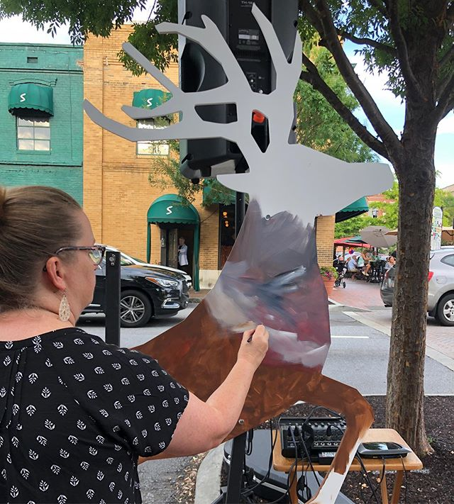 The 4th reindeer is underway! @awrightcauseart was at it again Friday night at @mariettasquareartwalk ,creating her magic in support of Winter Wonderland.  We can't wait to see the finished project!