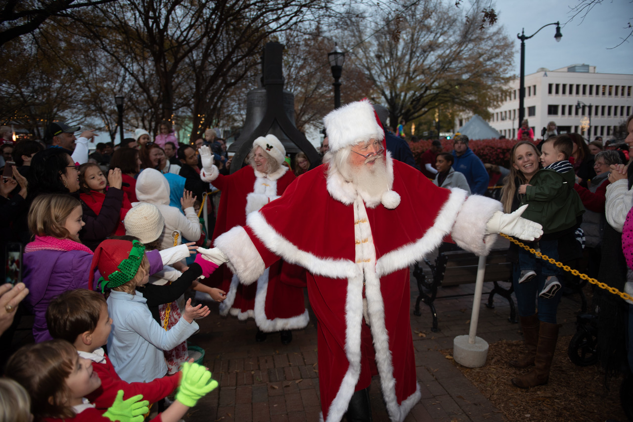 Santa Arrival2.jpeg