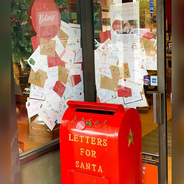 The Santa Mailbox is now on the Square, in front of @churchstreetmarketmarietta. Stop by and drop off your letters Of encouragement and contributions to our Santa Lamar's family. We will be mailing all of your gifts and love letters to Santa, in Houston, each week!! Between PayPal, and T-shirt/button  sales, you awesome people have already donated $1400 to Our beloved Saint Nic🎅🏻🤶🏻 #mariettasquare  #mymerrymarietta #TeamDerek #believelm #teamSanta #WeAreTeamSanta And shout out to @buttonsonmainstreet for donating the buttons; so ALL proceeds can go  to Santa's family!