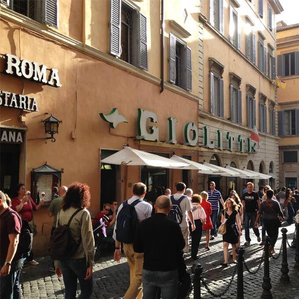 The facade of Giolitti in Rome