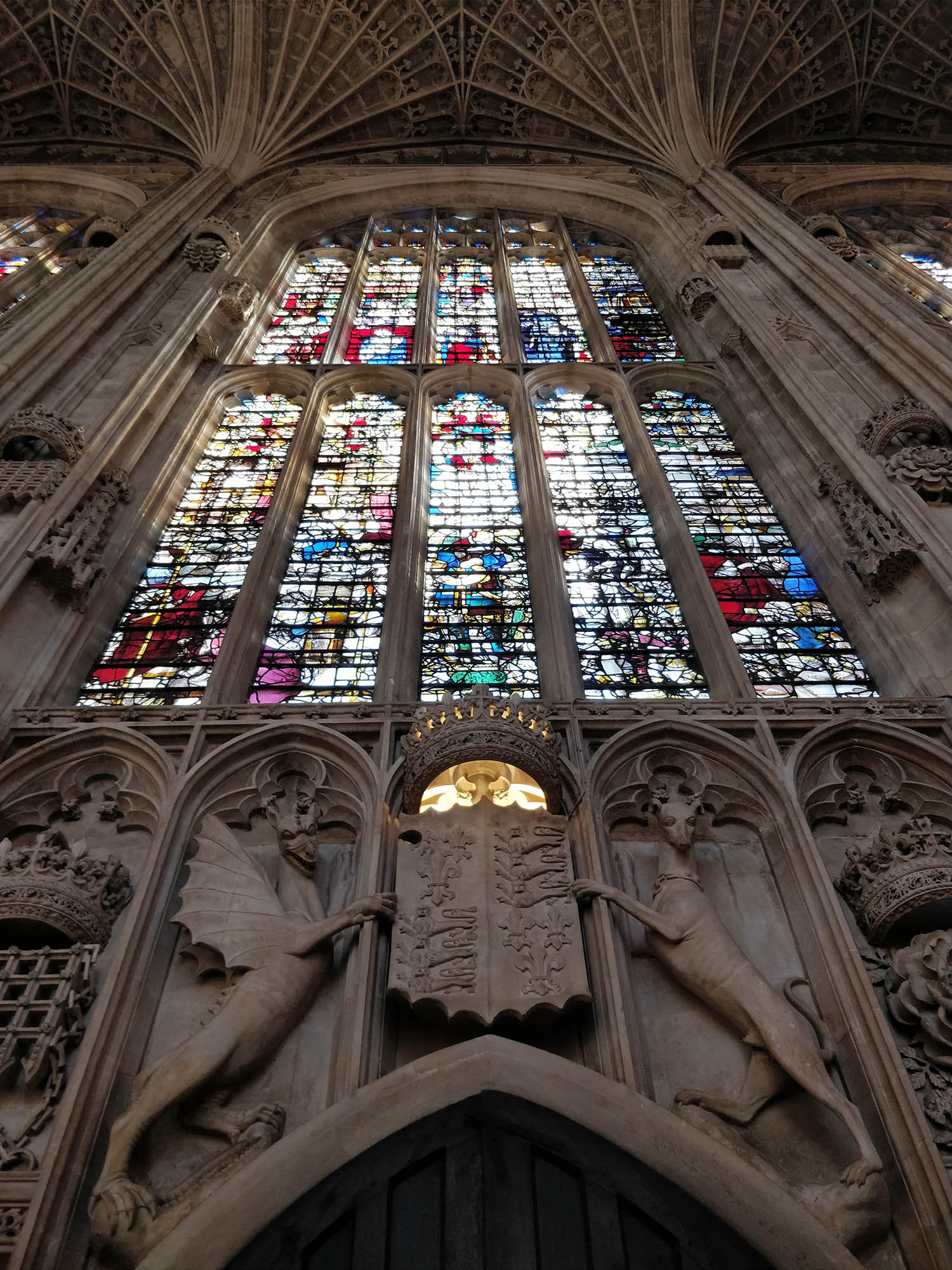 stained-glass-windows-kings-college-chapel.jpg
