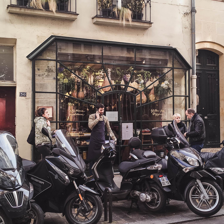 big-love-cafe-paris-storefront.jpg
