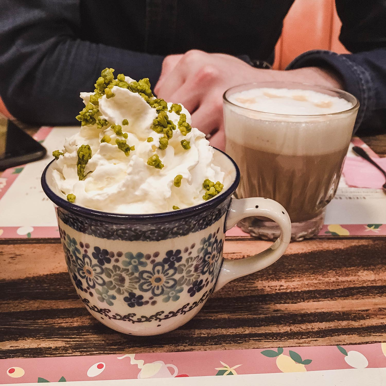 pistachio-mocha-big-love-cafe-paris.jpg