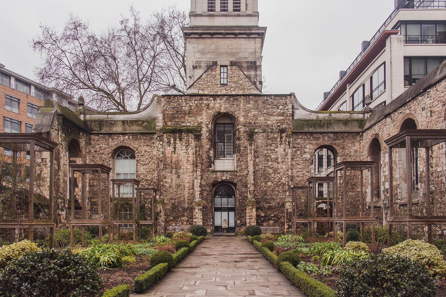 london-walks-Christchurch-Greyfriars-Church-Garden.jpg