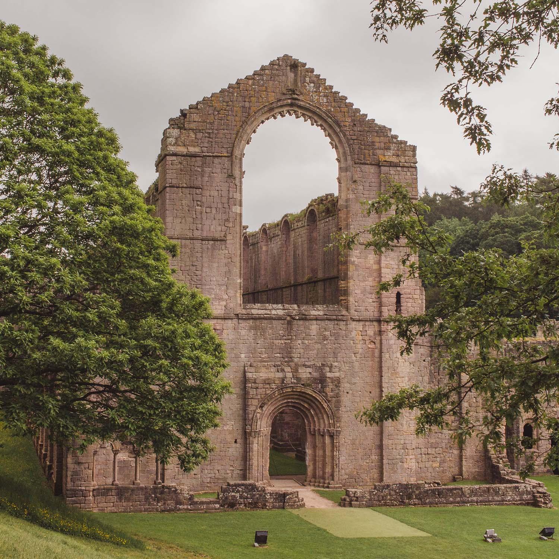 fountains-abbey.jpg