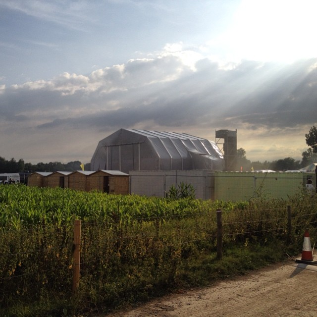 Back of the main stage @truckfestival Oxfordshire, England. #Glorious day.  http://ift.tt/Uj8xiv