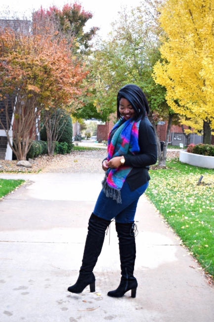 Sweater (click here)  //  Jeans (click here)  // Boots (click here)