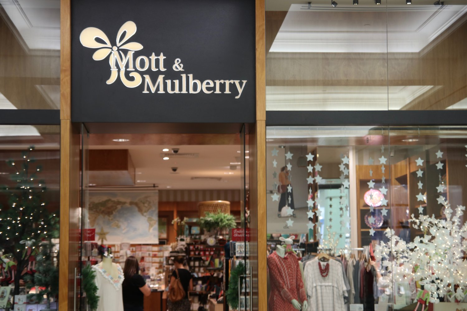 Mott+and+Mulberry+-+Indooroopilly+Shopping+Centre.jpg