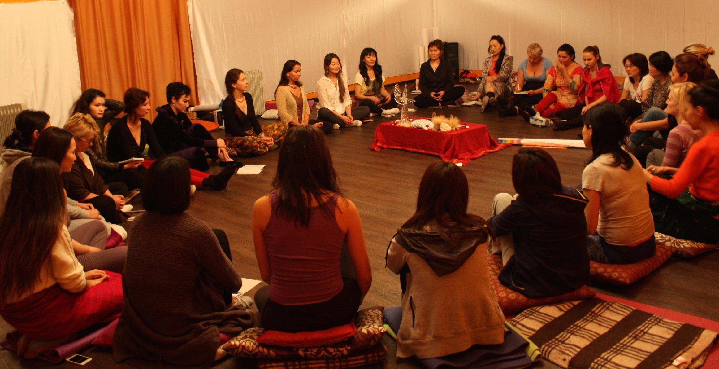 6+womens+circle+kazakstan.jpg