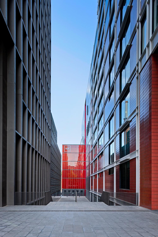 Imagina Building  | Carlos Ferrater | Barcelona