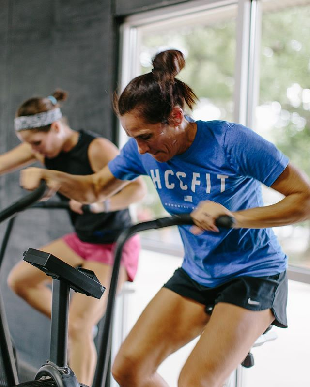 """""""The price of success is hardwork, dedication to the job at hand, and the determination that whether we win or lose, we have applied the best of ourselves to the task at hand."""" – Vince Lombardi  #womenofthewod #crossfit #crossfitgirls #crossfitter #fitnessmotivation #fitness #health"""