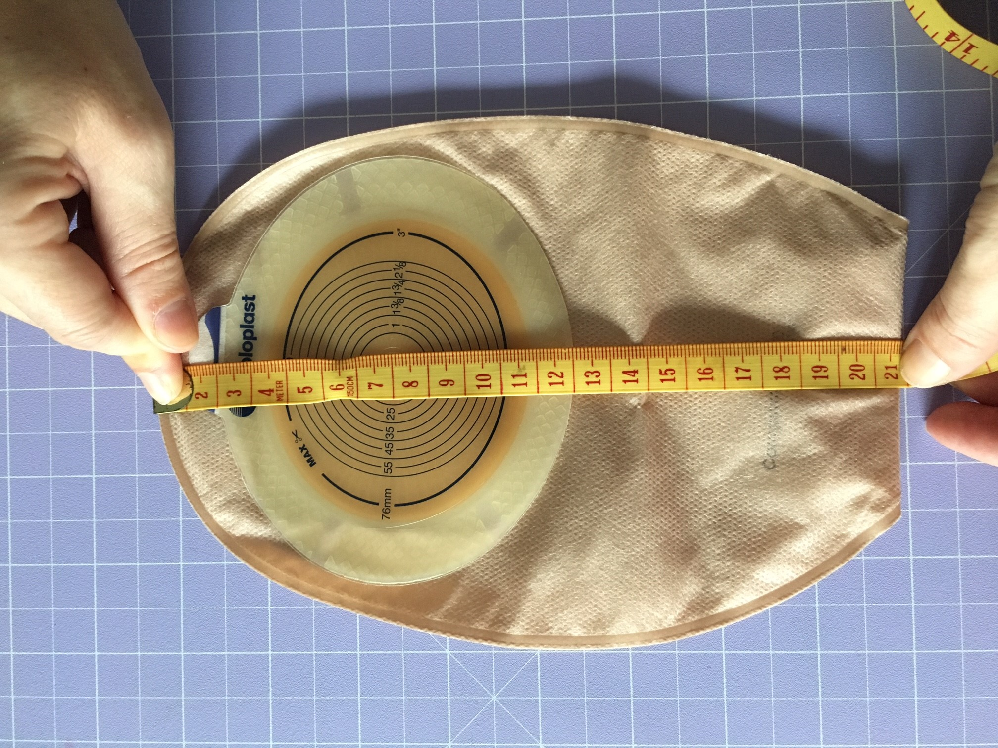 - Measurement D =________mmBAG WIDTH:This refers to the widest part of the bag