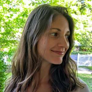 lisa-young-prenatal-yoga-teacher.jpg