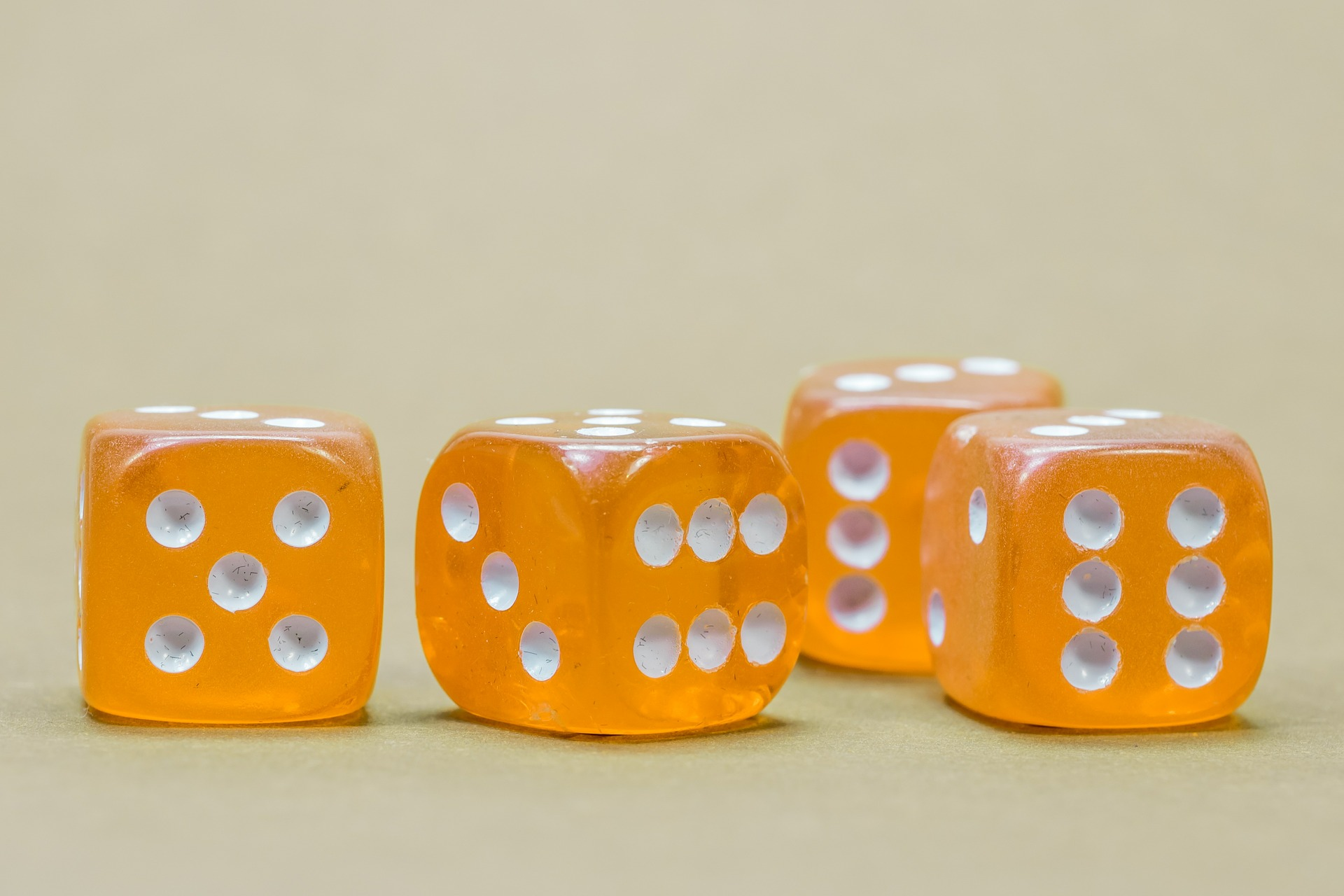 cube-568193_1920.jpg