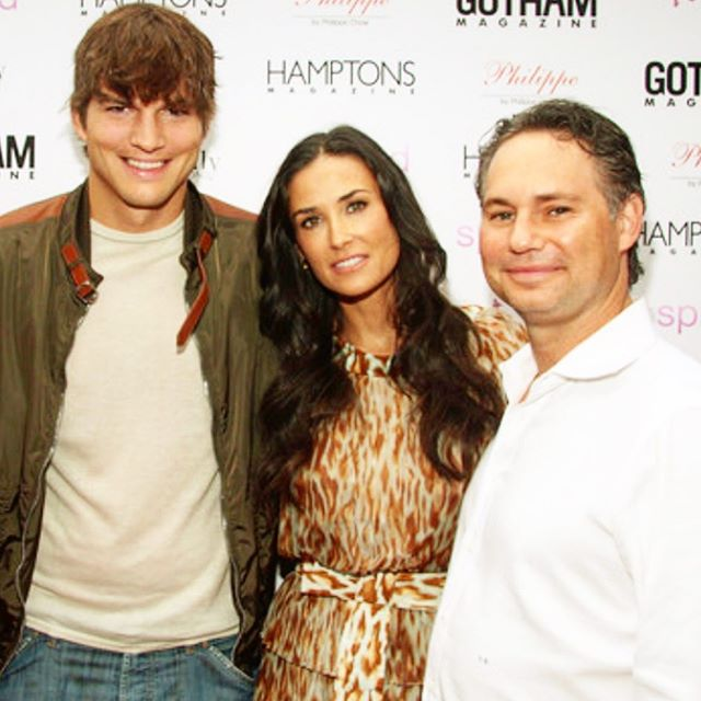 "Fun times in the Hamptons 2009 hosting aplusk and @moore2d film ""Spread"" at the East Hampton Theater - Binn There Done That - #MyHamptons #HamptonsDuJour - #AshtonKutcher #DemiMoore #HamptonsMagazine #GothamMagazine"