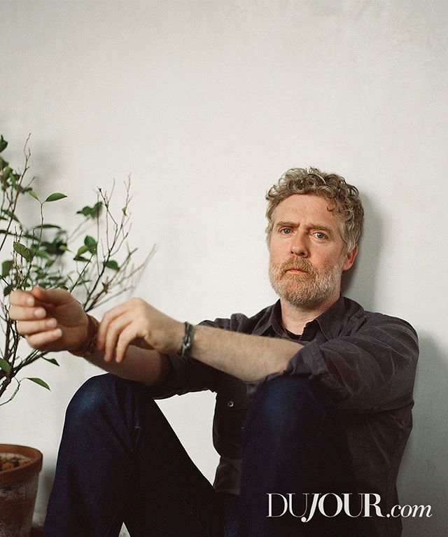 We sat down with Irish singer-songwriter @glenhansard to chat about his new album titled This Wild Willing, and his newfound motto of saying yes. #SoDujour #ExclusivelyDuJour
