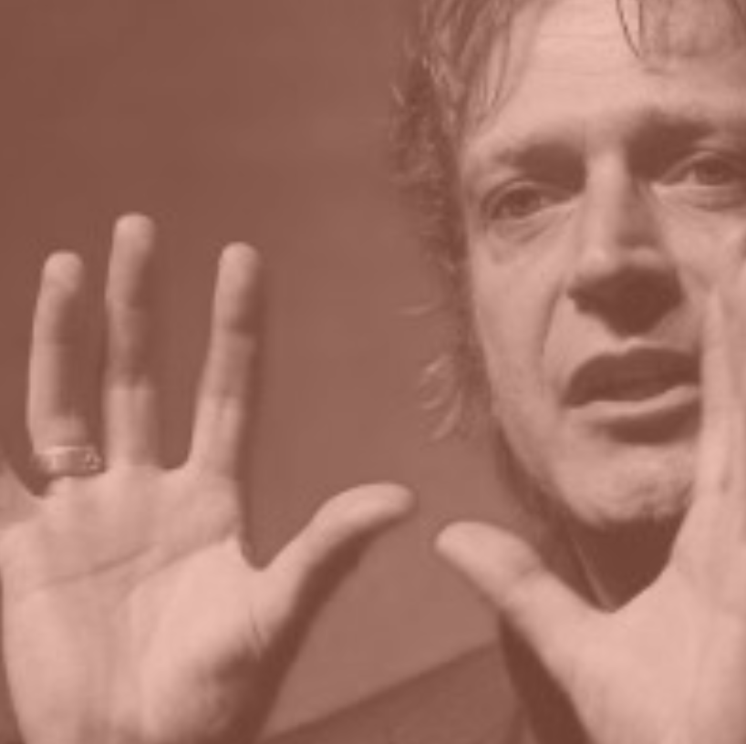 Jeroen Boschma - Founding Partner Increation Company   'TWO great guys that will make you flip your thinking about what it is that youngsters want..... from you!'  Jeroen Boschma is een creatief directeur en kunstenaar in marketing, communicatie en reclame sinds 1992. Zijn stijl is onnavolgbaar, hij doet geen concessies en is juist hierdoor expert in het van de grond krijgen van nieuwe concepten, ideeen, merken en innovaties vanuit de jeugdcultuur. Zijn trackrecord is hier het bewijs van.