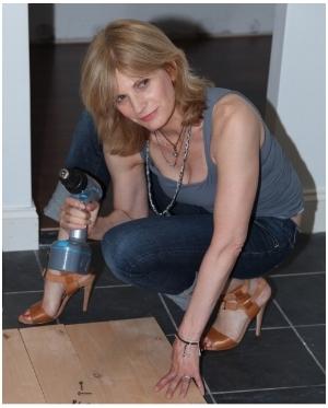 Lauren Bergman in the studio