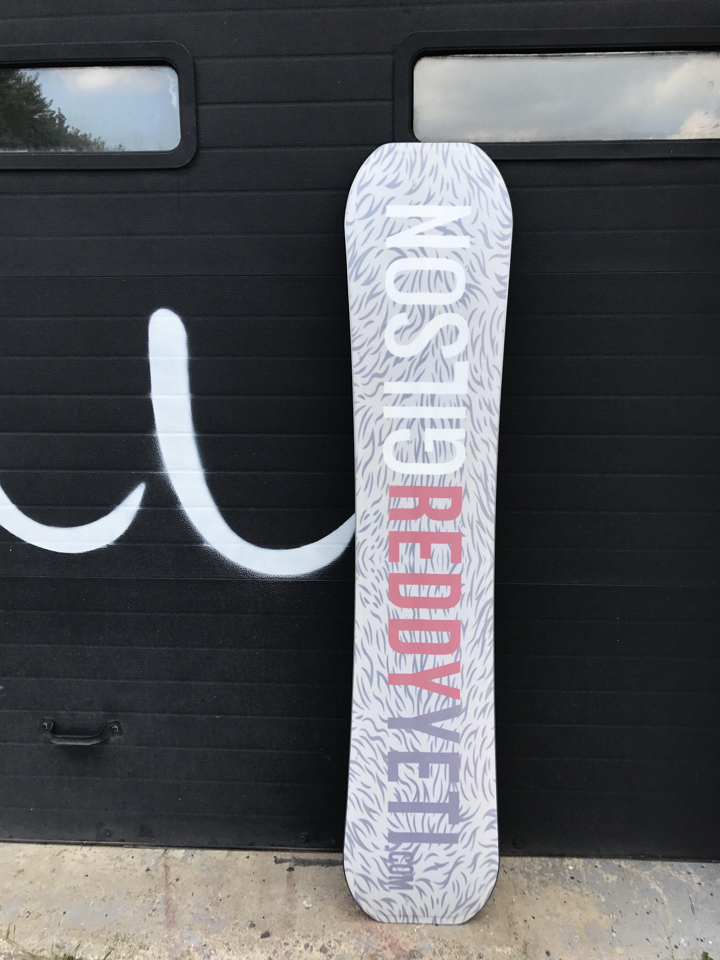 Gilson Snowboard ReddyYeti Graphic