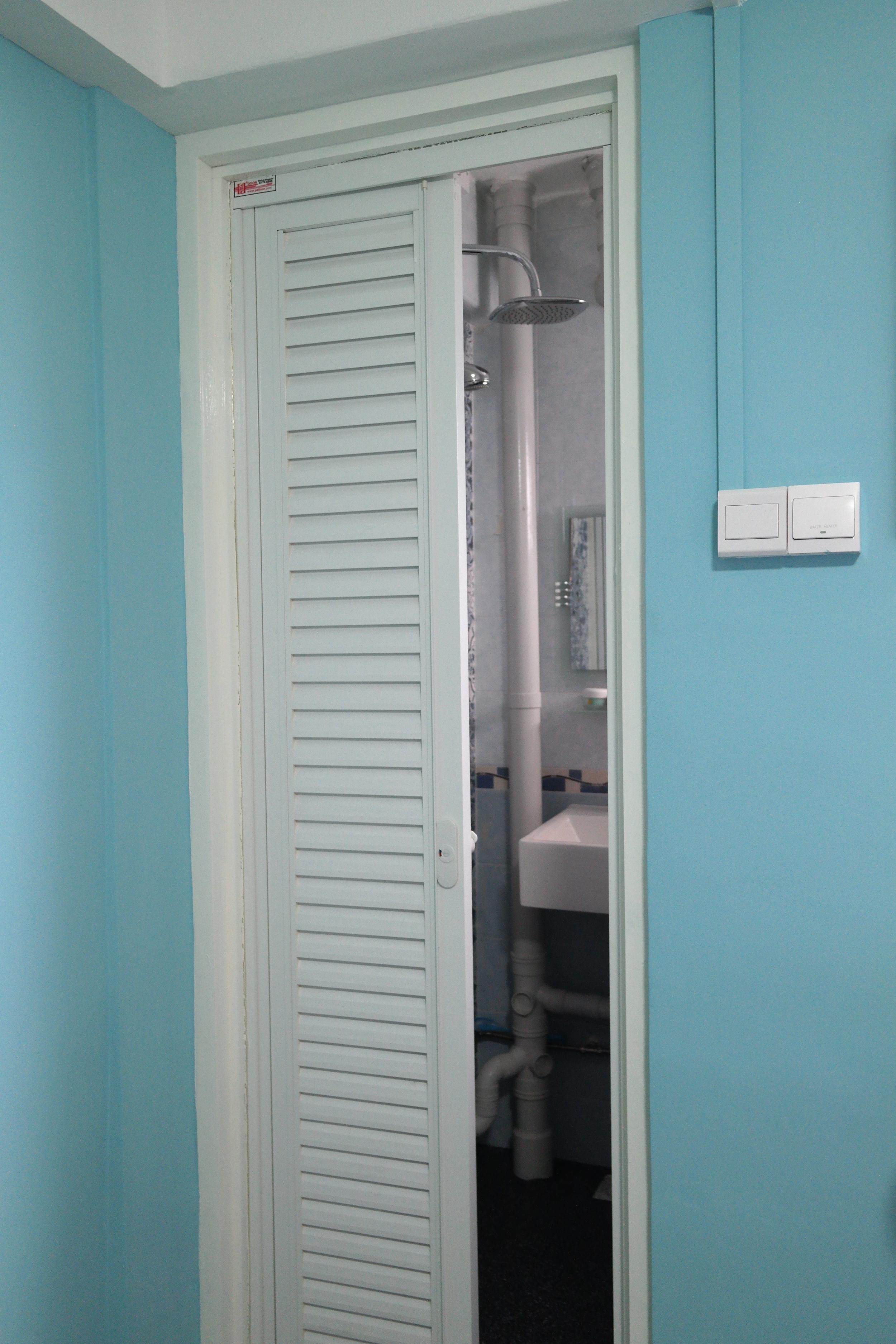Master Bedrm_Toilet Door.JPG