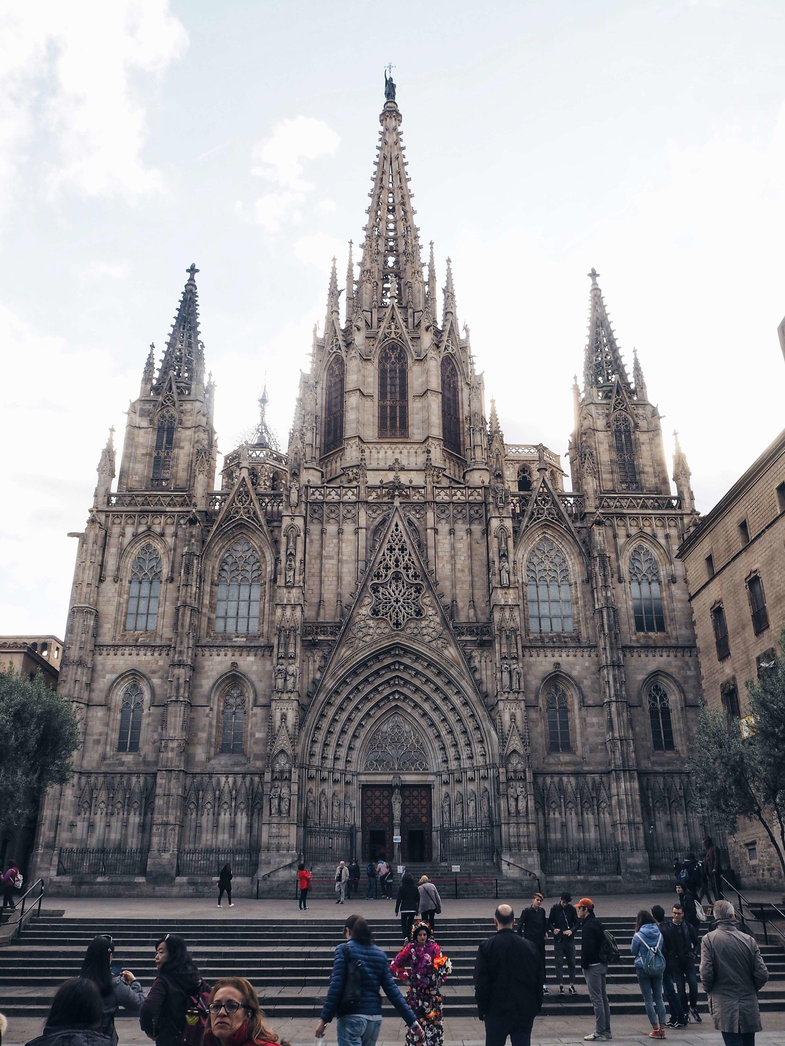 barcelona-spain-cathedral-1.jpg