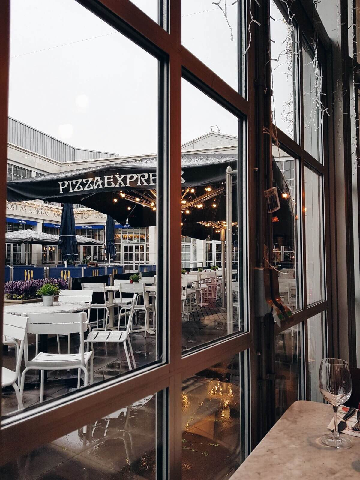 Weekend lunch at Pizza Express