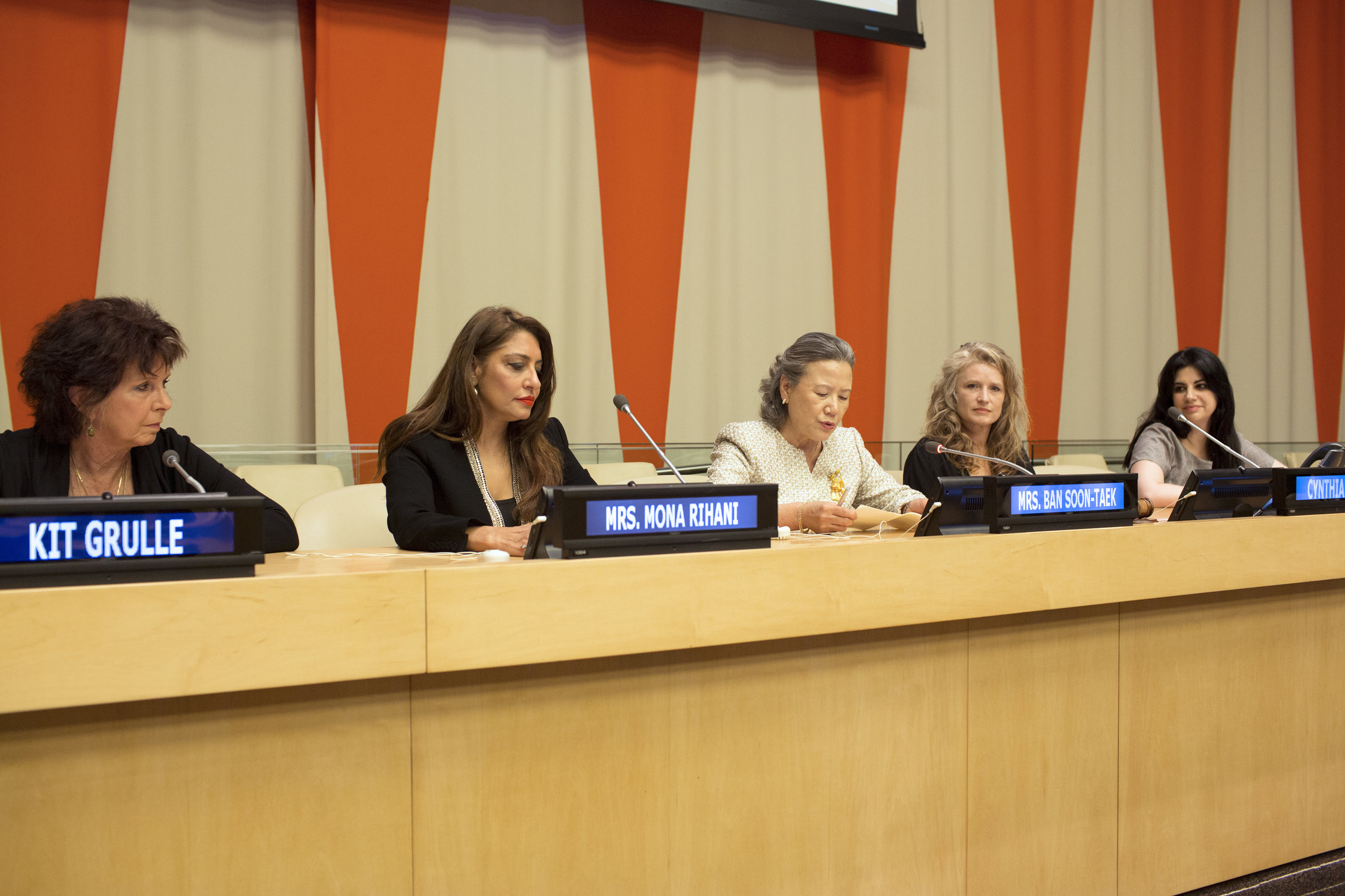 The Speakers Panel- Kit Gruelle, Muna Rihani Al-Nasser, H.E. Ban Soon-taek,  Filmmaker Cynthia Hill and Elizabeth Flores U.N. Ambassador of Honduras A.JPG