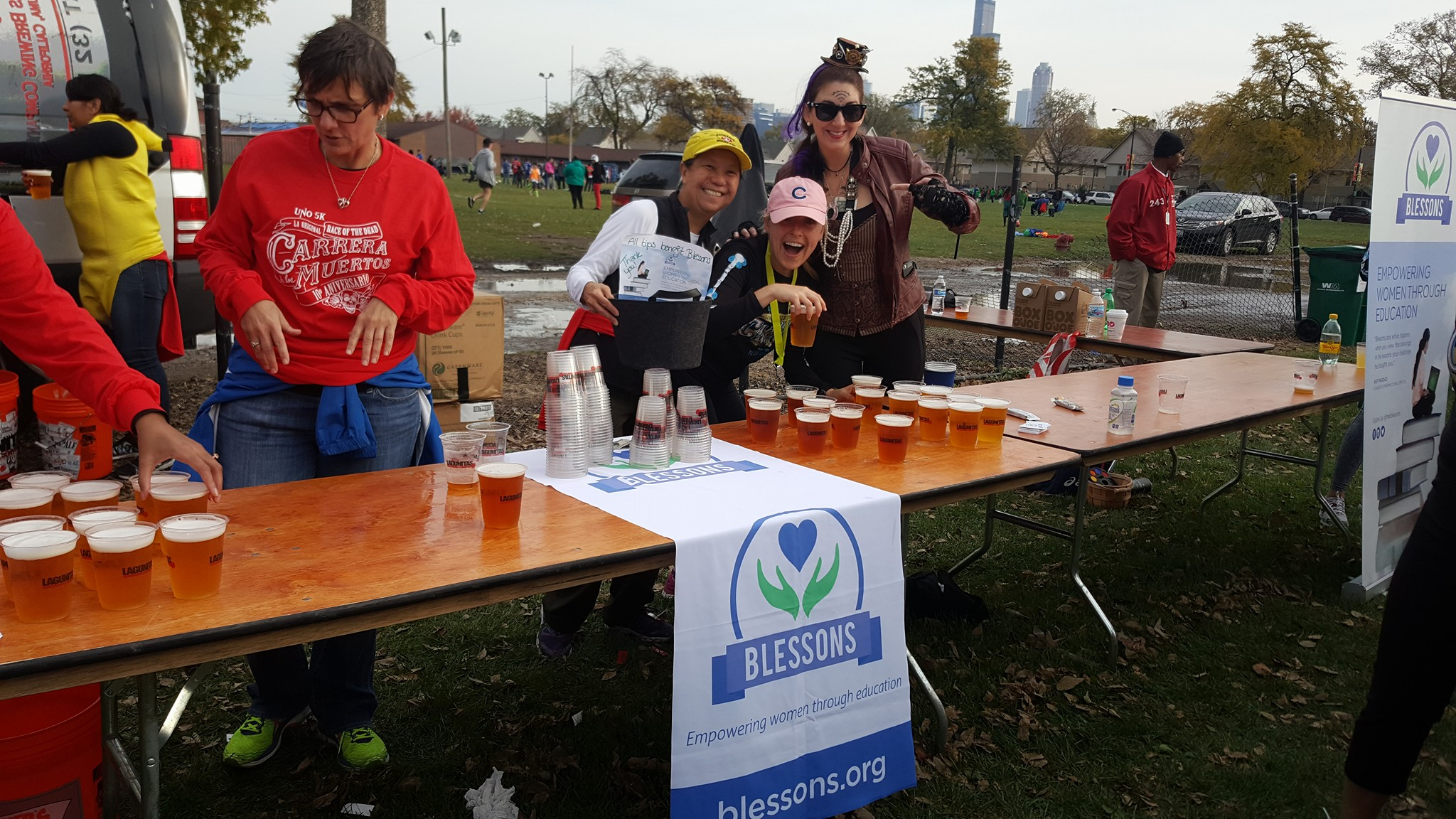 2019 Uno 5k - la carrera de los muertos Beer tent - Celebrate the Day of the Dead by volunteering with Blessons at the beer tent! We welcome all genders and volunteers 21 years and older to volunteer!