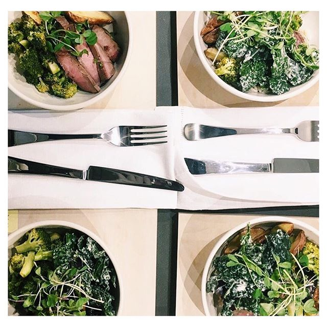 Eating in a way that nourishes your body is crucial for your physical and emotional health  in the weeks after giving birth. Focus on nutrient dense foods, lean proteins, healthy fats and certain grains. Click on the link in our bio for more info on our #MKTmama program including meal prep, a lactation consultant and at-home exercise program to keep you and your little one the healthiest and happiest you can be. #marketkitchentable #postpartumnutrition #farmtotable #nutrition