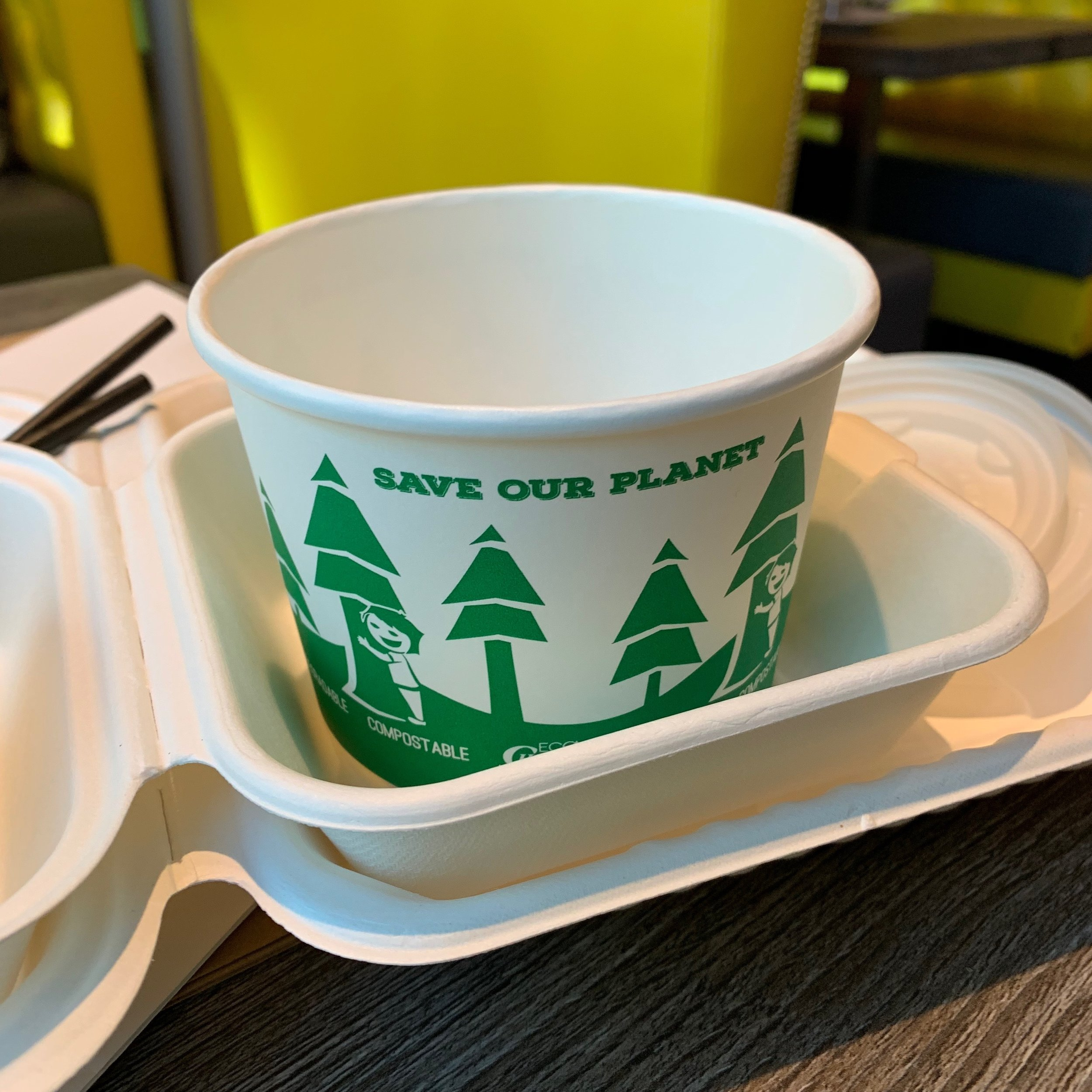 Takeout containers at Lime and Lemon are biodegradable (the restaurant aims to be plastic-free!).