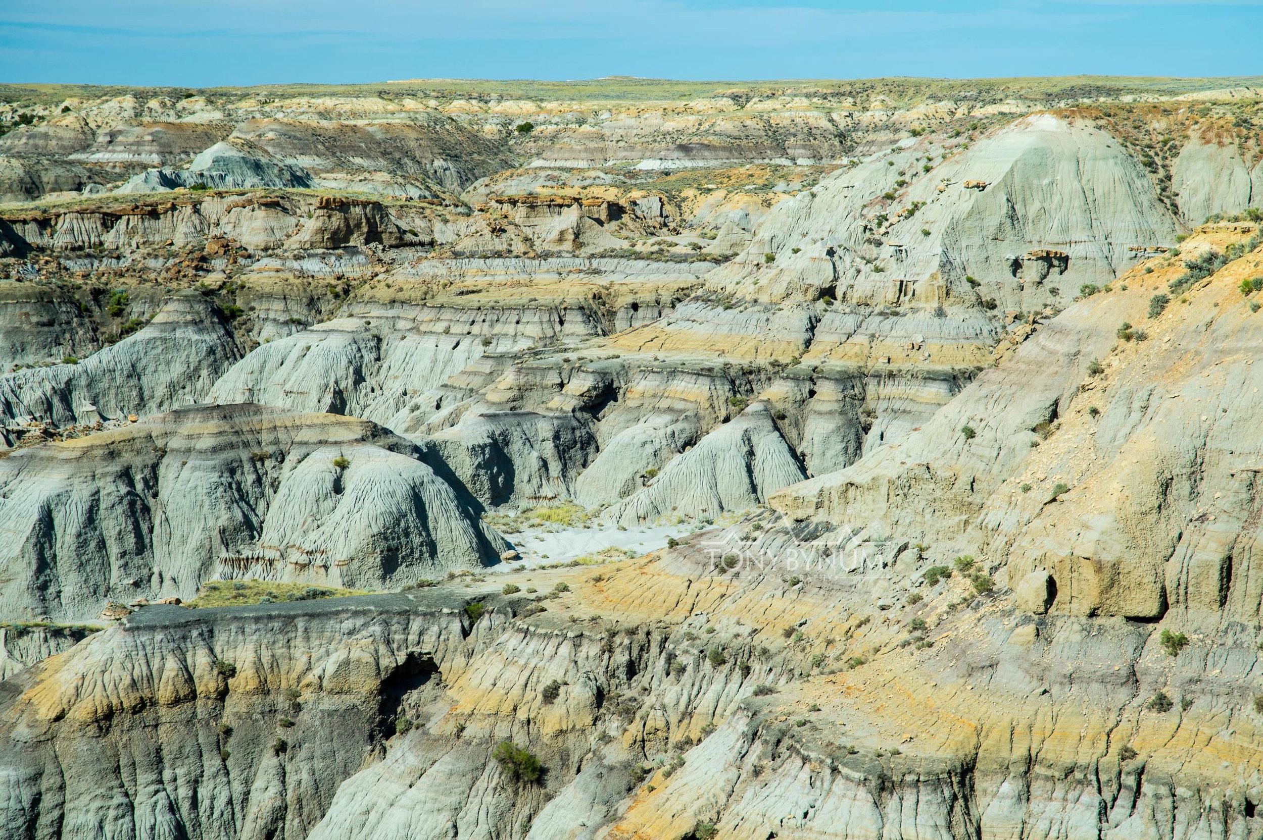 wild cliffs Montana prairie wilderness