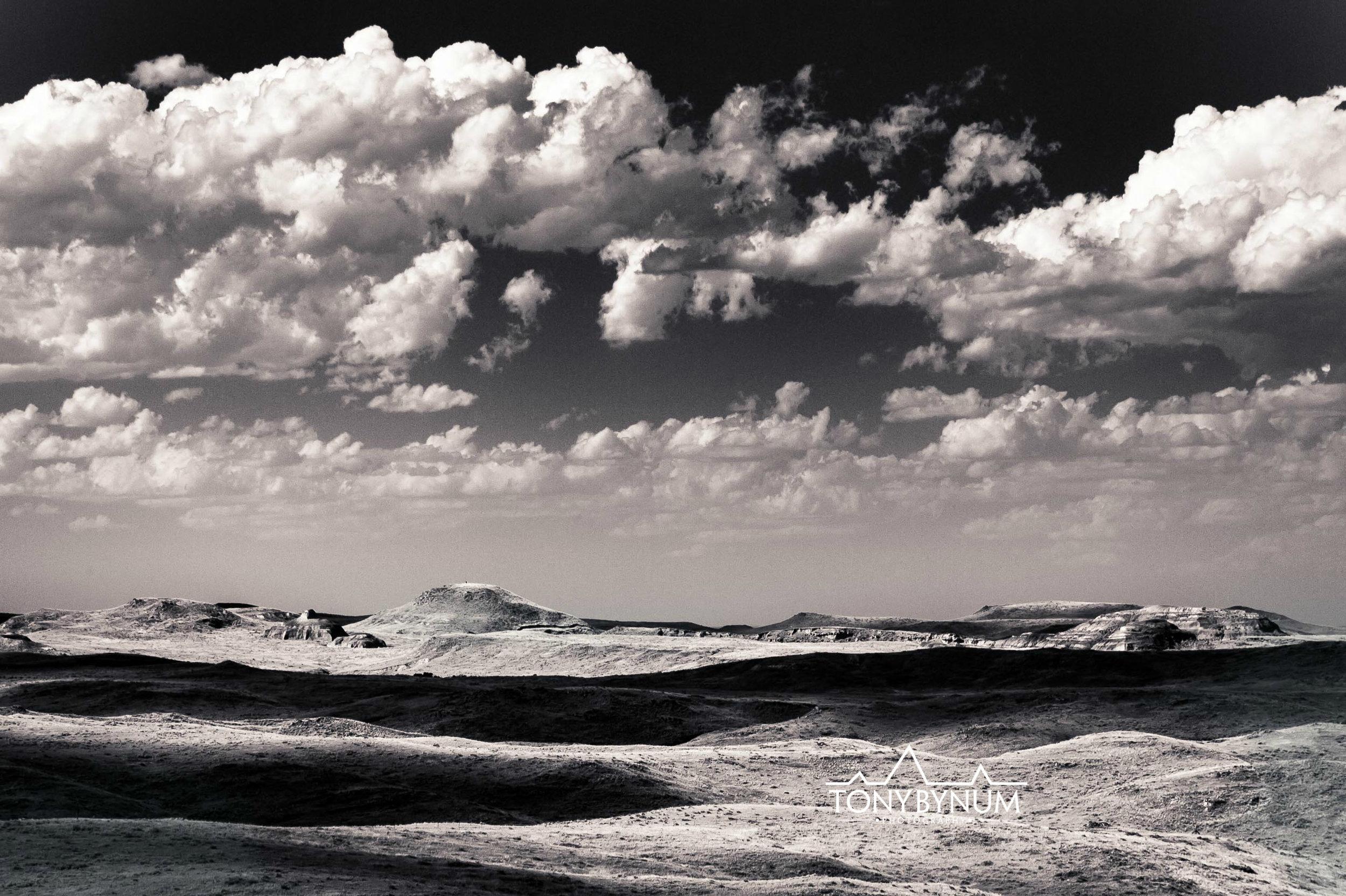 tony-bynum-black-white-sky