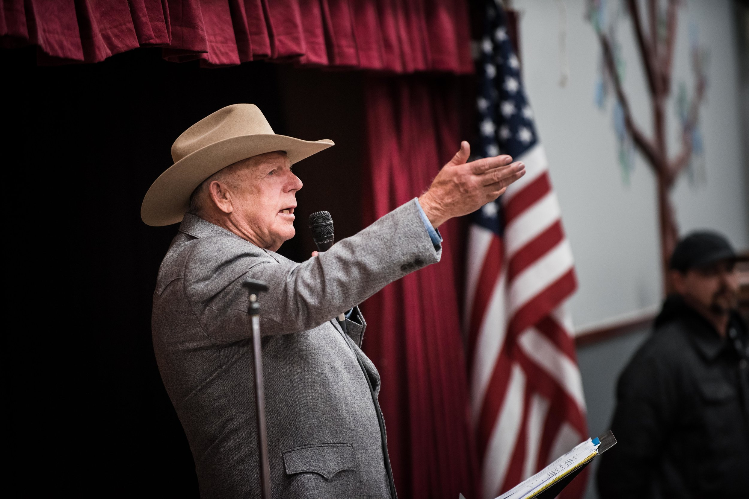Cliven Bundy's first appearance after his trial is thrown out. ©Tony Bynum for High Country News
