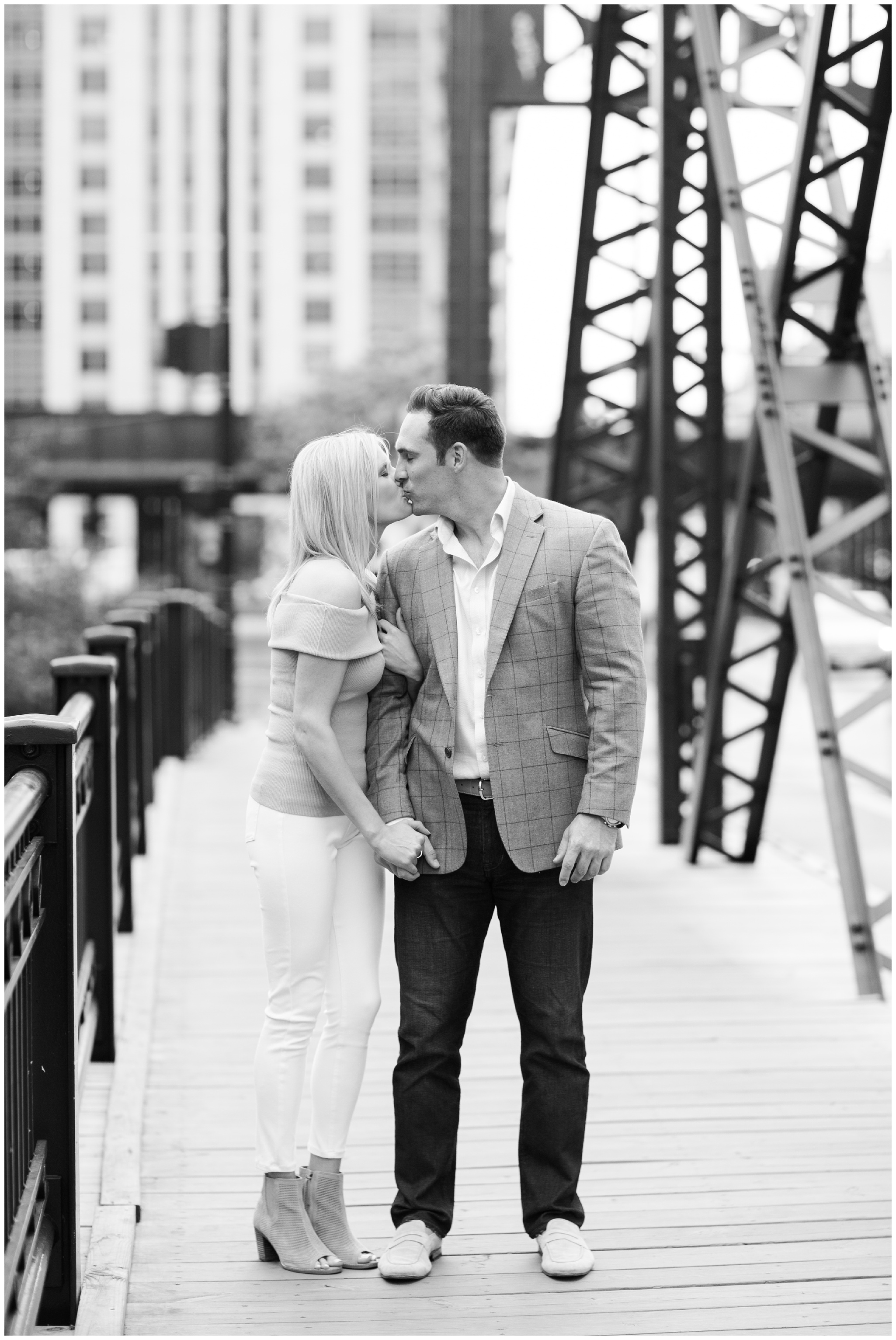 M&T_ChicagoEngagementSession__0175.jpg