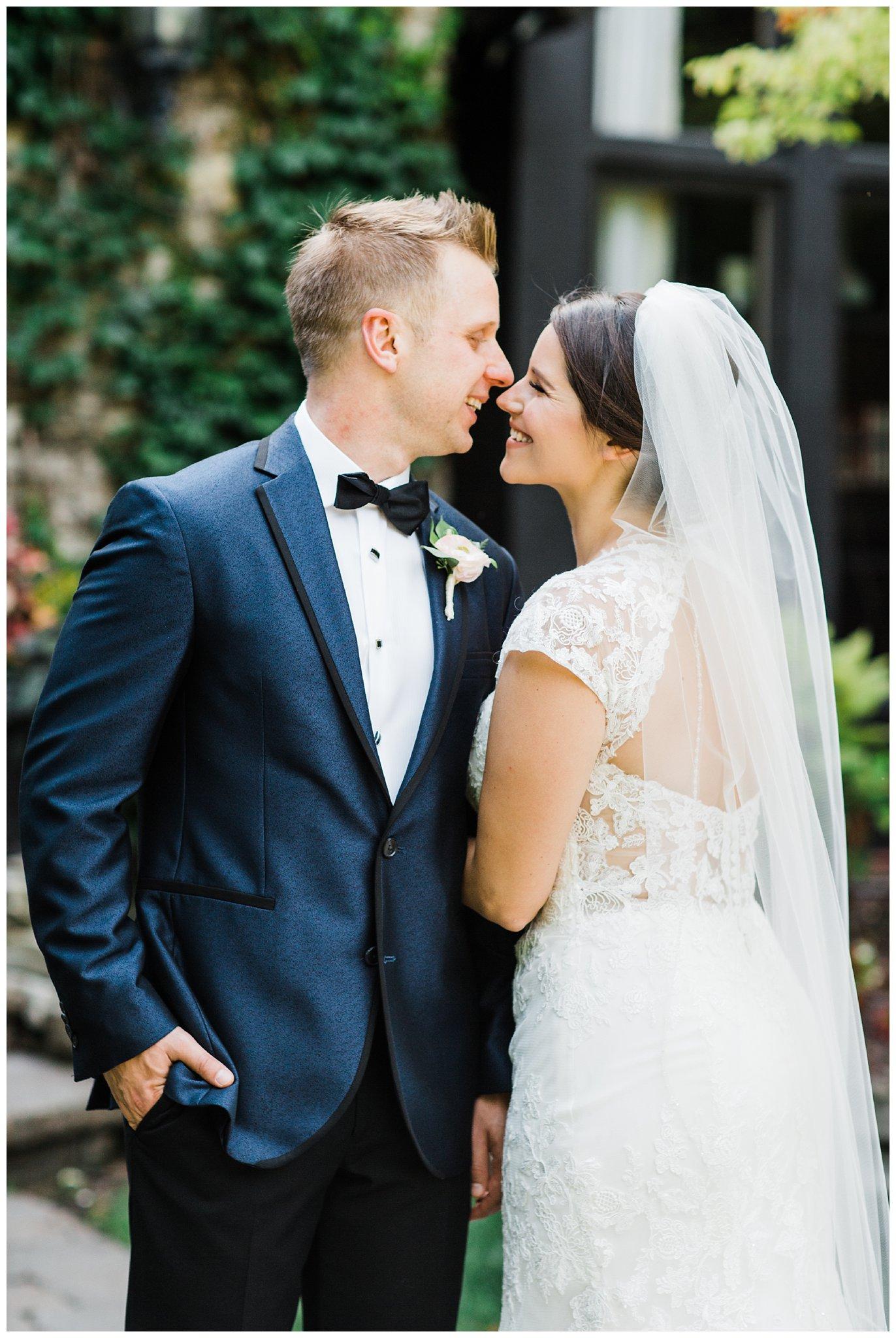 Alicia&Kurt_RavisloeCountryClubWedding_Chicagoweddingphotographer_RebeccaHaleyPhotography_0163.jpg