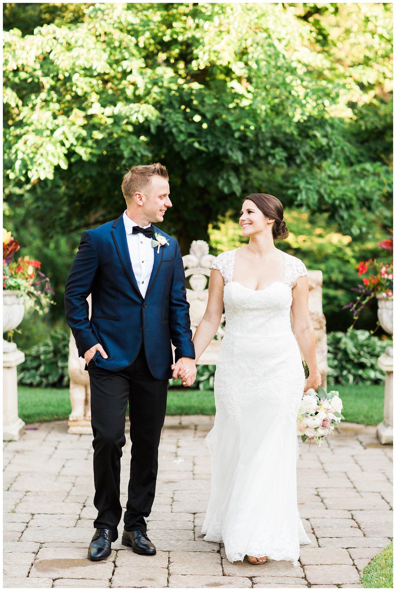 Alicia&Kurt_RavisloeCountryClubWedding_Chicagoweddingphotographer_RebeccaHaleyPhotography_0167.jpg