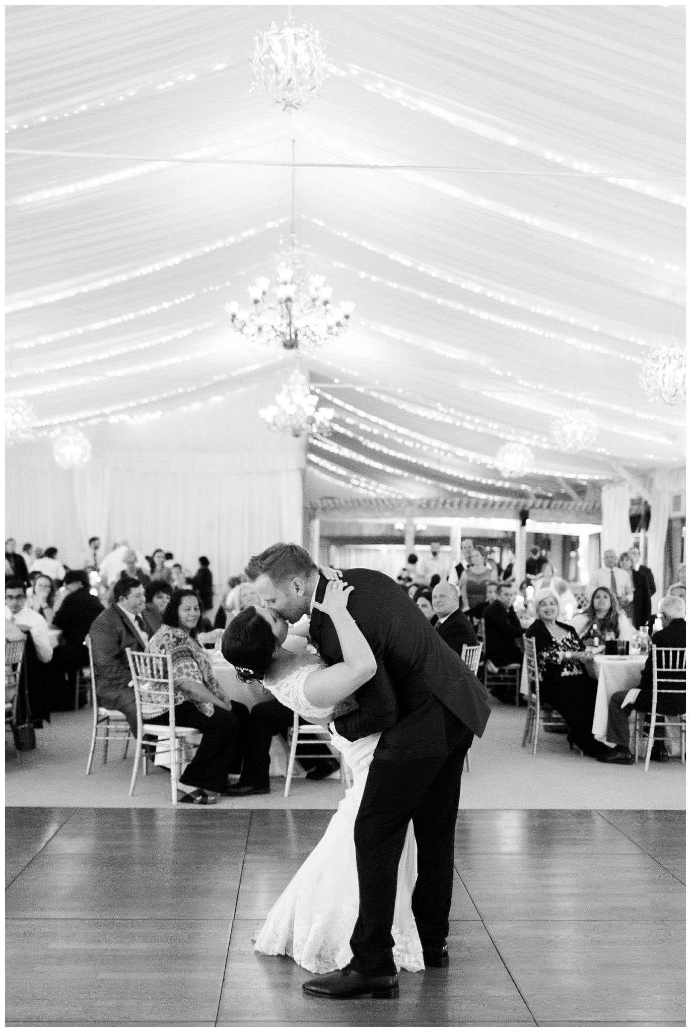Alicia&Kurt_RavisloeCountryClubWedding_Chicagoweddingphotographer_RebeccaHaleyPhotography_0200.jpg